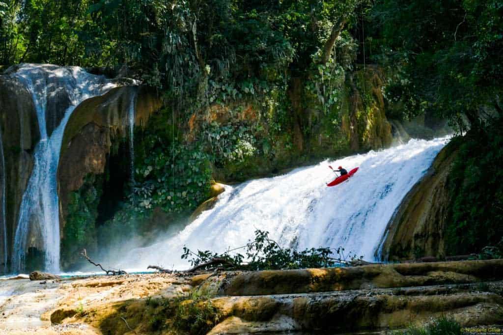ndgdont-crack-under-pressure-2-kayak-sofia-reinoso