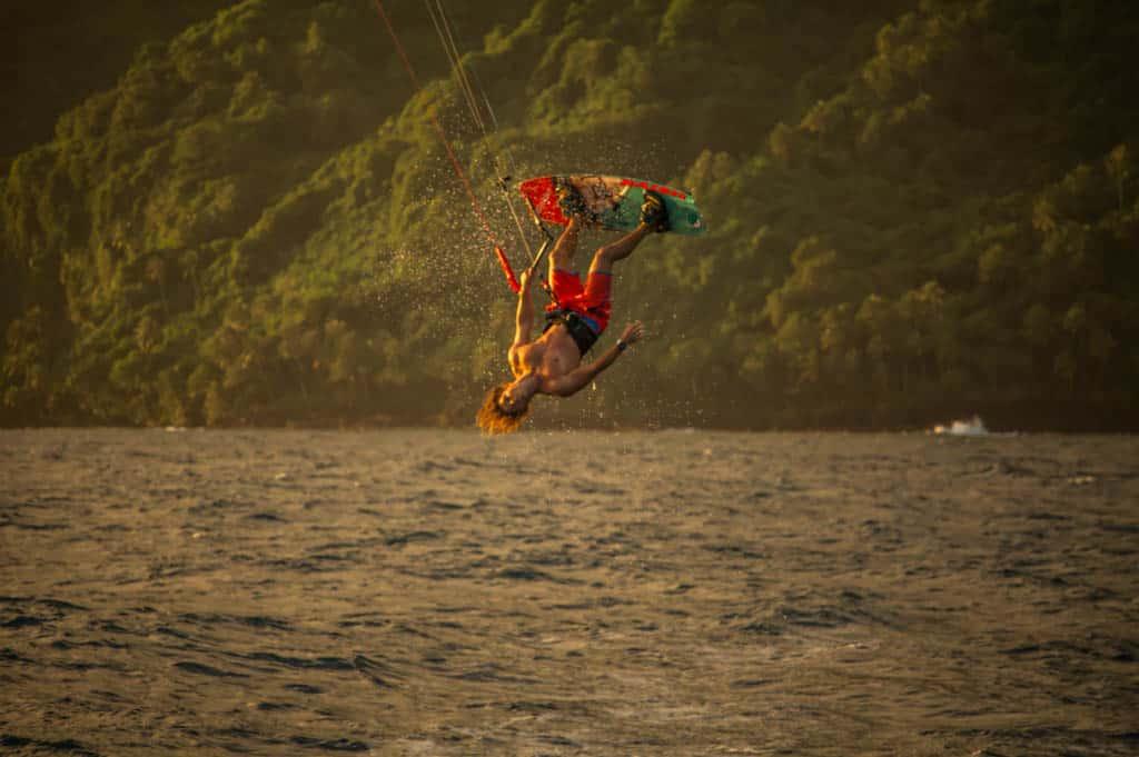 nuit-de-la-glisse_kite_tahiti